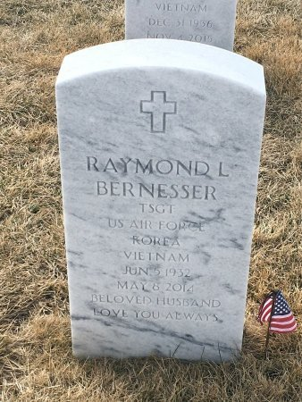 BERNESSER, RAYMOND - Sarpy County, Nebraska | RAYMOND BERNESSER - Nebraska Gravestone Photos