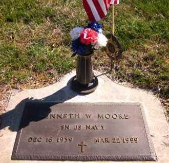 MOORE, KENNETH W. - Sarpy County, Nebraska | KENNETH W. MOORE - Nebraska Gravestone Photos