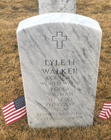 WALKER, LYLE - Sarpy County, Nebraska | LYLE WALKER - Nebraska Gravestone Photos