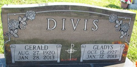 MORAVEC DIVIS, GLADYS - Saunders County, Nebraska | GLADYS MORAVEC DIVIS - Nebraska Gravestone Photos