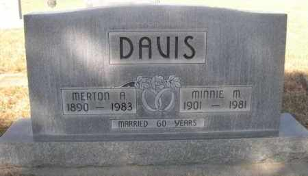 DAVIS, MINNIE M. - Sheridan County, Nebraska   MINNIE M. DAVIS - Nebraska Gravestone Photos