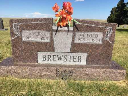 BREWSTER, LAVERNE - Sioux County, Nebraska | LAVERNE BREWSTER - Nebraska Gravestone Photos