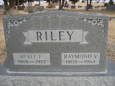 RILEY, MERLE E. - Sioux County, Nebraska   MERLE E. RILEY - Nebraska Gravestone Photos
