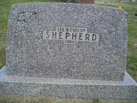 SHEPHERD, FAMILY OF LEE & EVELYN - Sioux County, Nebraska | FAMILY OF LEE & EVELYN SHEPHERD - Nebraska Gravestone Photos