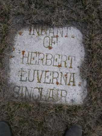 SINCLAIR, INFANT OF HERBERT & LUVERNA - Sioux County, Nebraska | INFANT OF HERBERT & LUVERNA SINCLAIR - Nebraska Gravestone Photos