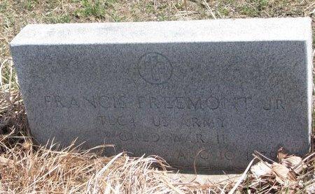 "FREEMONT, FRANCIS ""JUNE"" JR. (MILITARY) - Thurston County, Nebraska   FRANCIS ""JUNE"" JR. (MILITARY) FREEMONT - Nebraska Gravestone Photos"