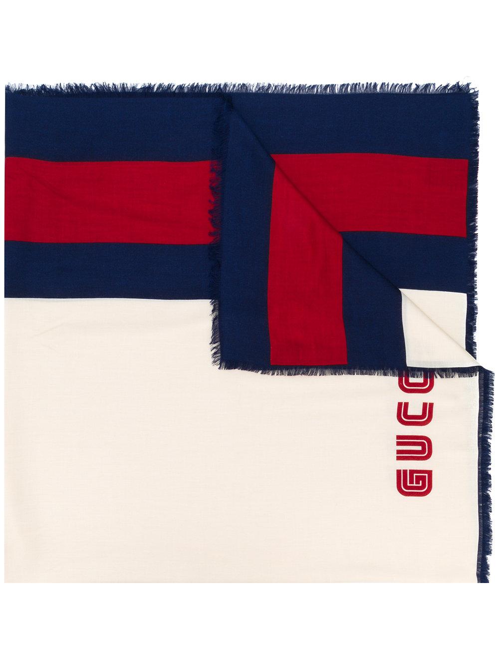 stola bianca 130x130 in seta modal con bordini rosso e blu e logo Guccy. GUCCI | Stola | 521098-4G3649268