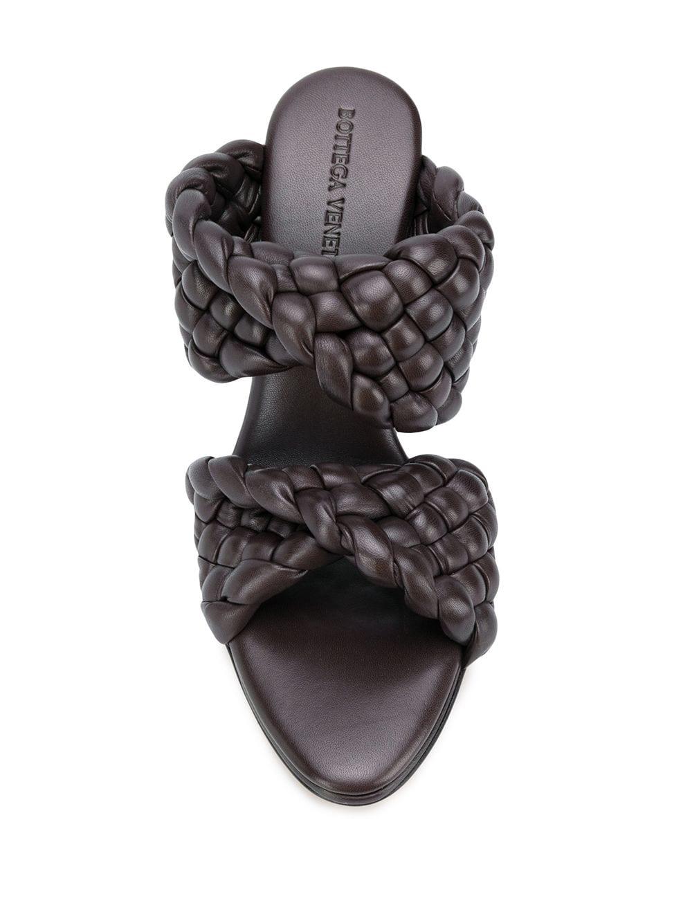 sandali BV Curve in pelle marrone scuro con motivo Intrecciato BOTTEGA VENETA   Scarpe con tacco   618757-VBTG02113