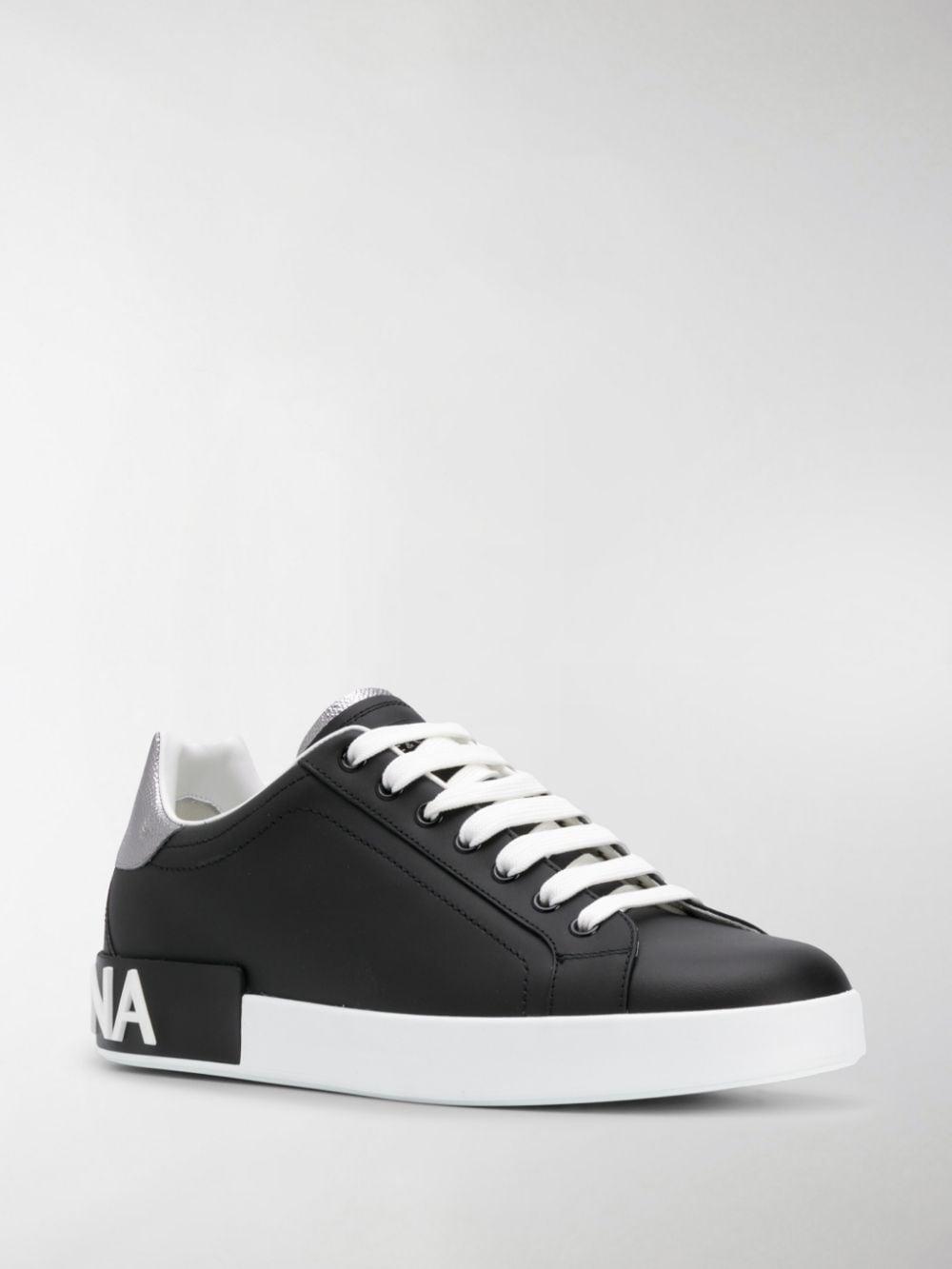 sneakers bassa nera in pelle di vitello Portofino con dettagli argento DOLCE & GABBANA   Sneakers   CS1760-AH5278B979