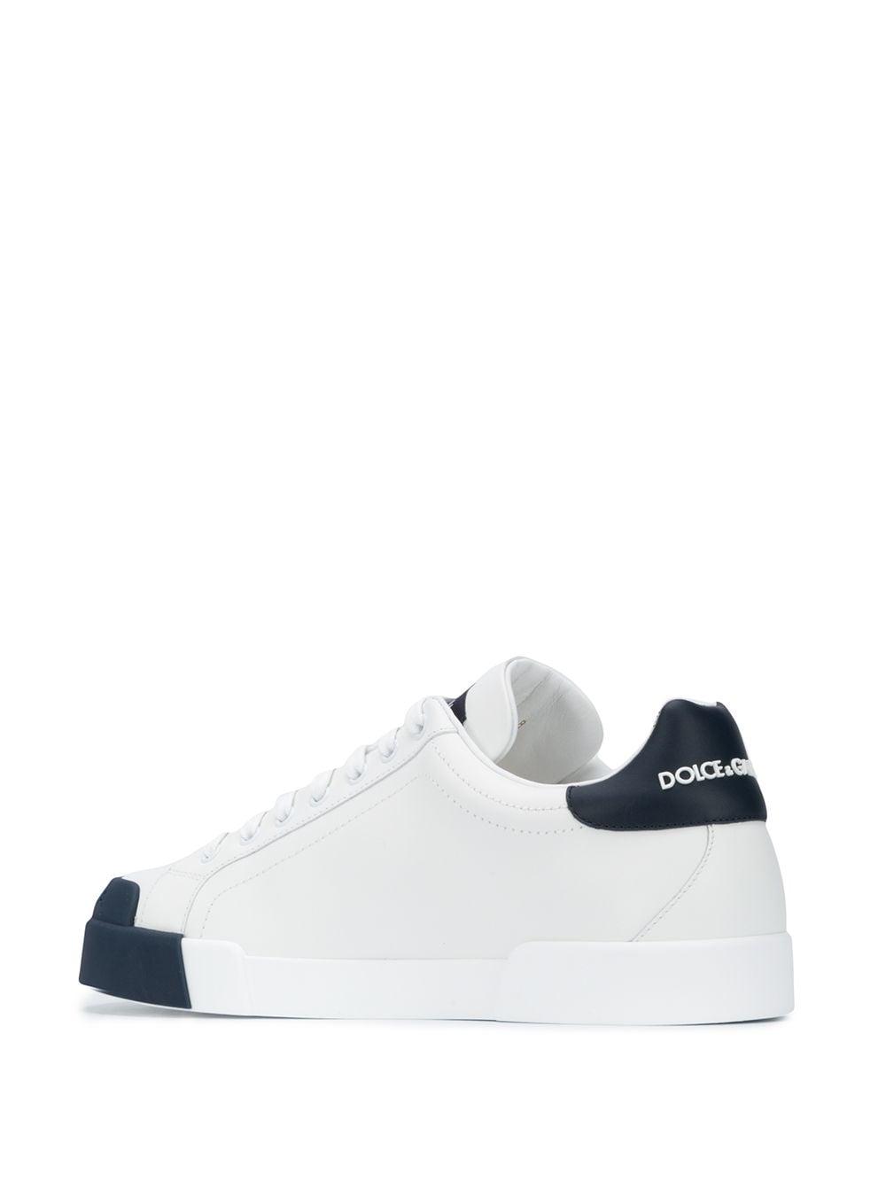 sneakers in pelle bianca bassa Portofino con dettagli a contrasto blu notte DOLCE & GABBANA | Sneakers | CS1802-AW1138N123