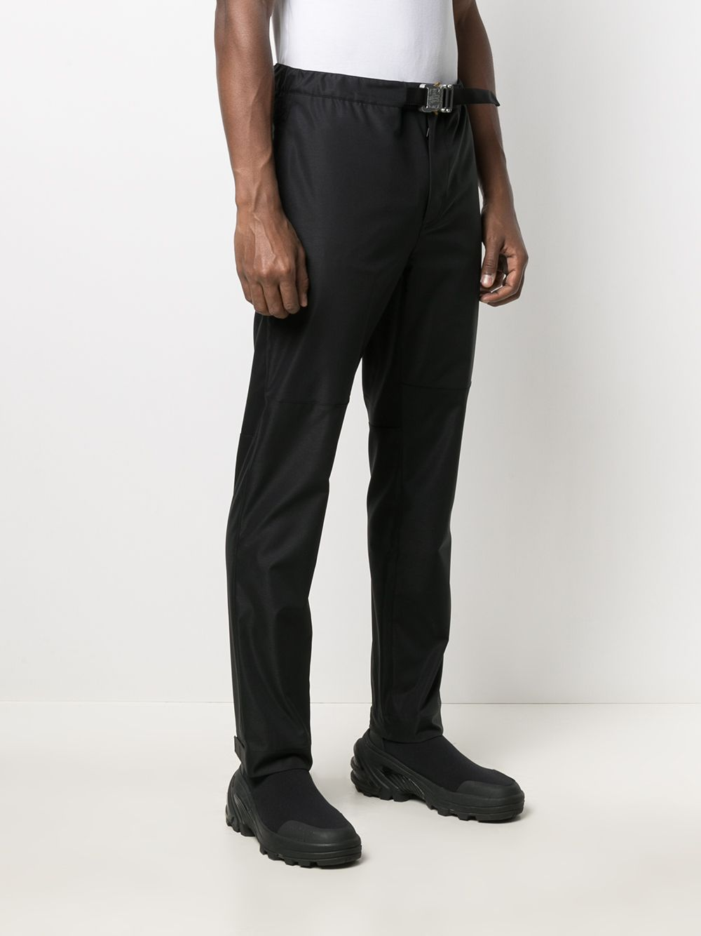 Black straight-leg trousers Moncler Genius featuring buckle fastening MONCLER GENIUS |  | 2A701-00-54AD1999