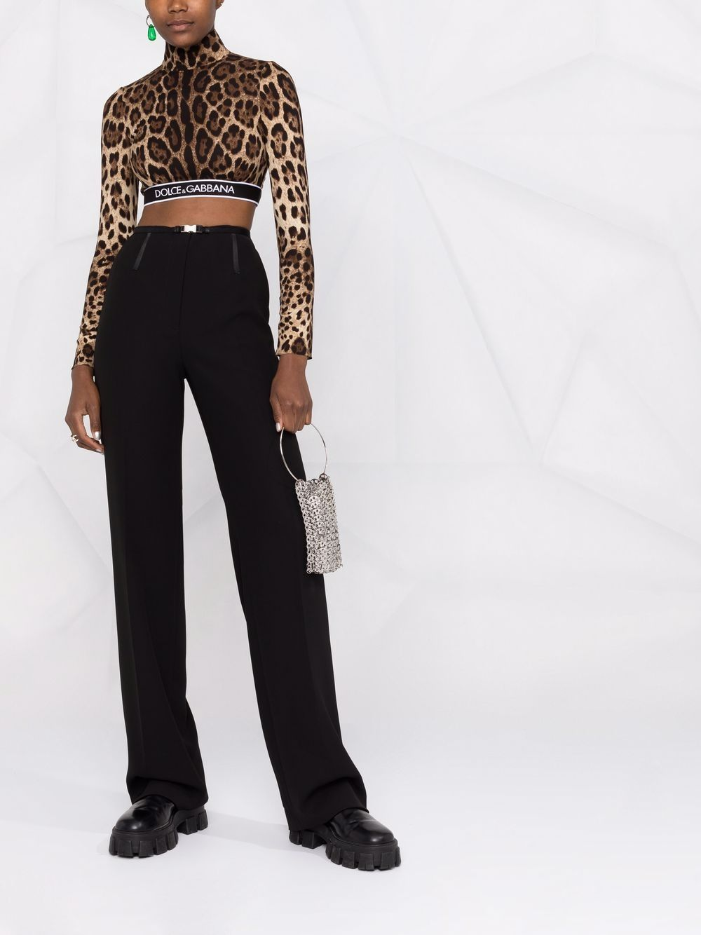 top corto in seta in stampa leopardata e logo Dolce & Gabbana DOLCE & GABBANA | Camicie | F75L8T-FSADDHY13M