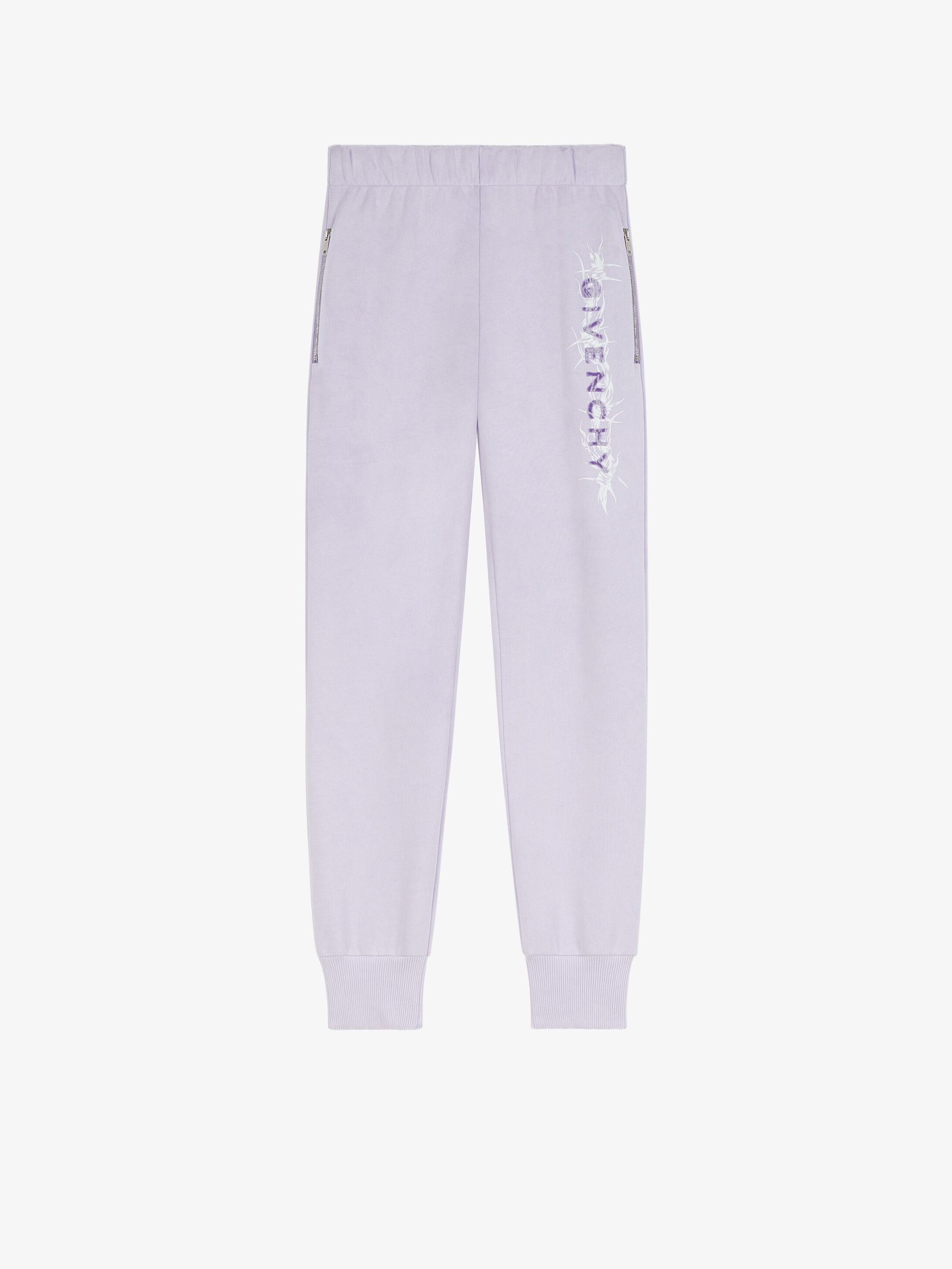 Pantaloni sportivi lilla in cotone con logo floccato Givenchy GIVENCHY | Pantaloni | BW50QL3Z77540