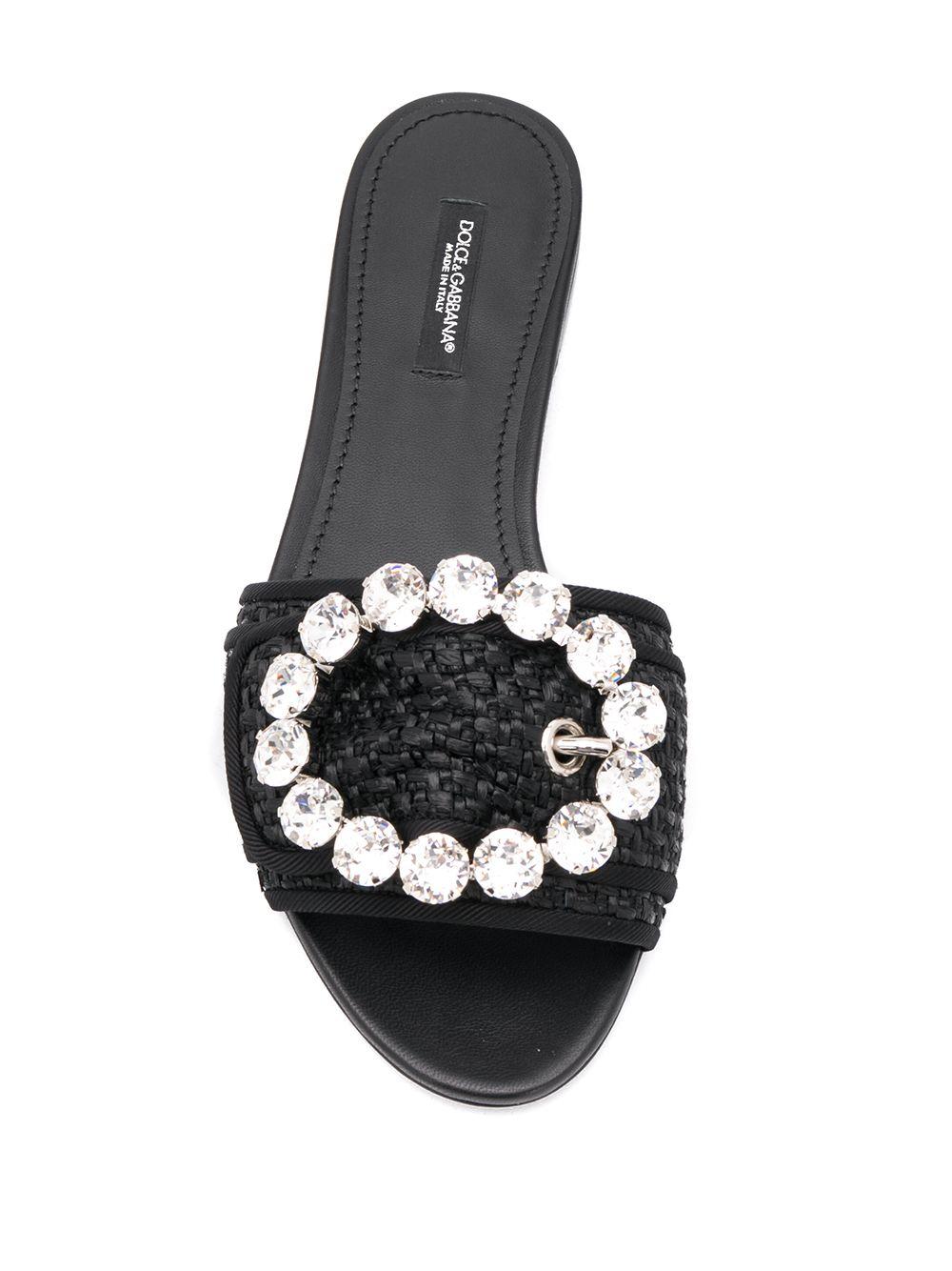 sandalo a cibatta in pelle e raffia nera con applicazione di cristalli swarovski DOLCE & GABBANA   Scarpa   CQ0291-AA71080999