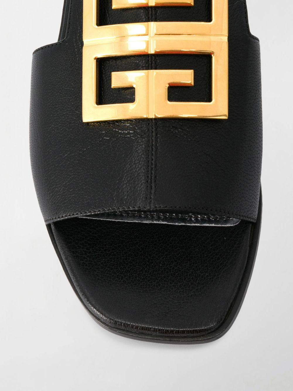 sandalo basso nero piatto in pelle con logo in metallo dorato Givenchy GIVENCHY   Scarpa   BE303AE05V001