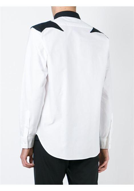 Camicia bianca in cotone con patch stella nera sulle spalle MSGM | Camicie | 1940ME14X-154617BIANCO-NERO