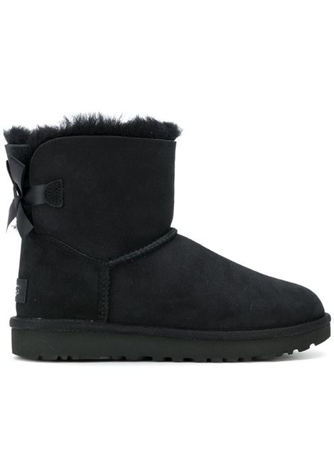 Black Classic short boots with shearling insole, rubber black sole and bow at the back UGG |  | 1016501- MINI BAILEYBLACK