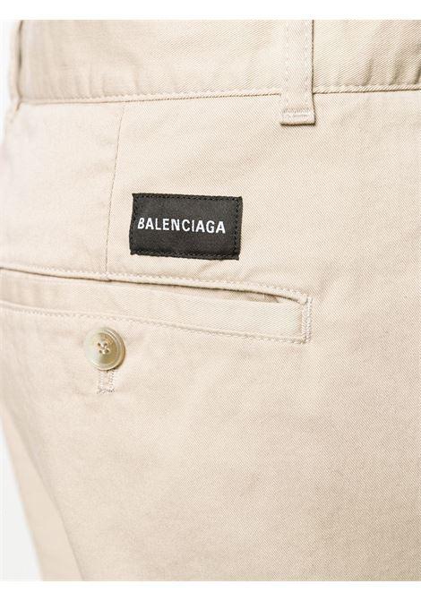 chino a gamba svasata in cotone elasticizzato beige  BALENCIAGA |  | 556696-TDP099501