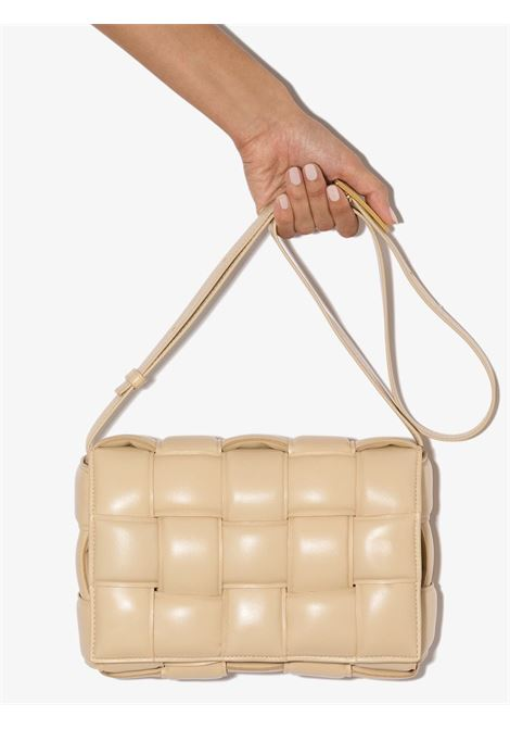 Cassette shoulder bag in sand lamb leather and tassel BOTTEGA VENETA      591970-VCQR19782