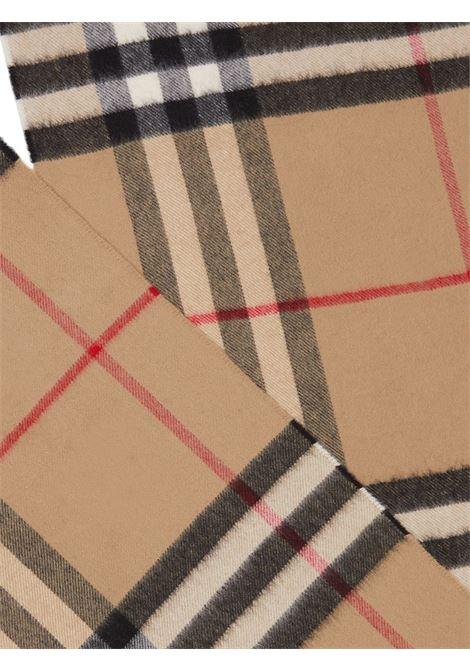sciarpa 168x30 Burberry Check in cachemere marrone BURBERRY | Sciarpe e foulards | 8018173-MU GIANT CHKA7026
