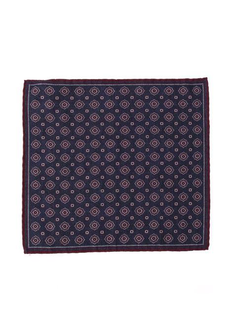 Fazzoletto da taschino stampato a piastrelle in misto lana-cotone blu scuro e bordeaux ELEVENTY | Pochette | B77POCA01-TES0B06011