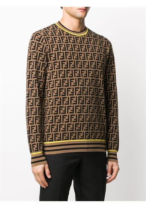 Maglia in misto lana marrone chiaro e nero intarsiato con motivo logo FF all-over e finiture gialle a contrasto FENDI | Maglieria | FZZ481-AAV9F0WF0