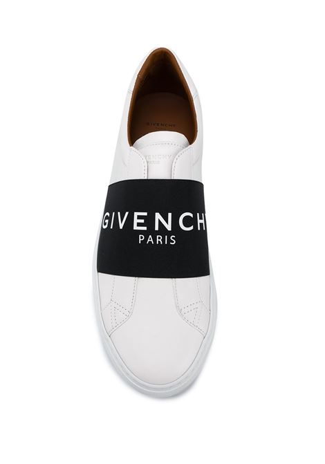 slip-on Paris in pelle di vitello bianca con fascia nera logata Givenchy GIVENCHY | Slip-on | BH0002H0FU116