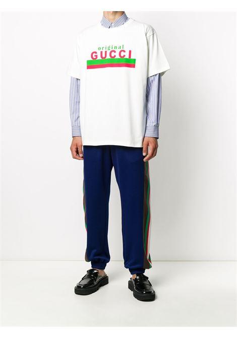 t-shirt in cotone jersey a mezze maniche con lettering logo Original Gucci in Gucci Web verde e rosso GUCCI | T-shirt | 616036-XJCOQ9095