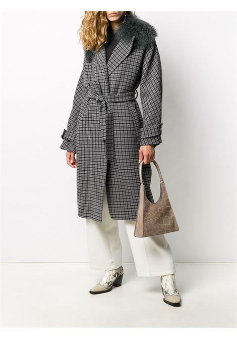 Trench in pelliccia di capra grigia e misto lana con collo in pelliccia P.A.R.O.S.H. | Cappotti | D430832P-LIAR837