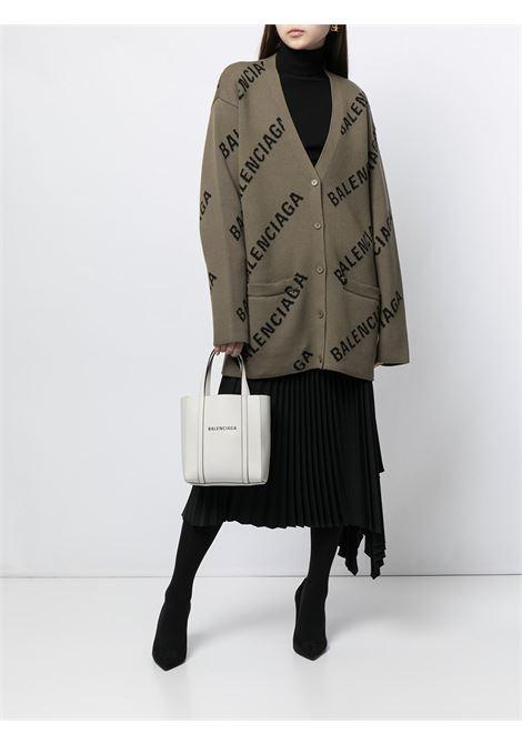 Cardigan oversize marrone chiaro in cotone e lana con logo Balenciaga BALENCIAGA | Cardigan | 659675-T32002900