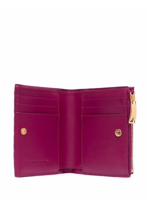 Portafoglio bi-fold Intrecciato in pelle prugna con finiture dorate BOTTEGA VENETA | Portafogli | 608059-VCPP35562