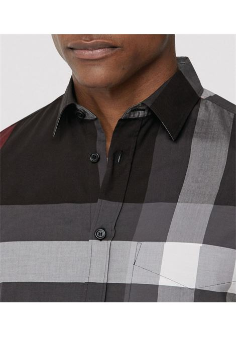 charcoal and red cotton shirt featuring classic collar BURBERRY      8023772-SOMERTONA1008