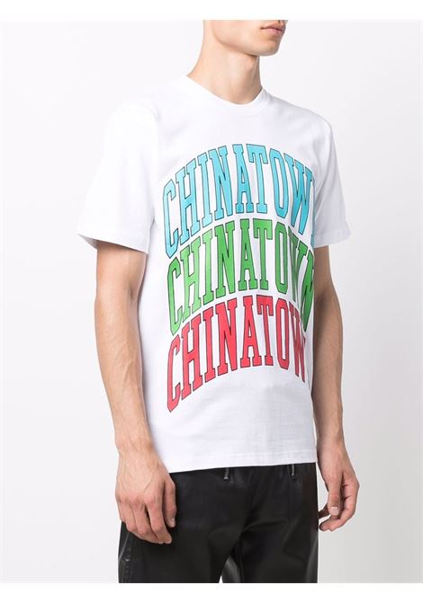 T-shirt bianca in cotone con stampa logo Chinatown multicolore CHINATOWN MARKET | T-shirt | 1990548-CHINATOWN TRIPLE ARCWHITE