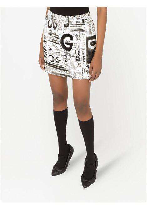 Minigonna a vita alta con logo Dolce & Gabbana bianco e nero DOLCE & GABBANA | Gonne | F4B7DT-G7A4KHASAN