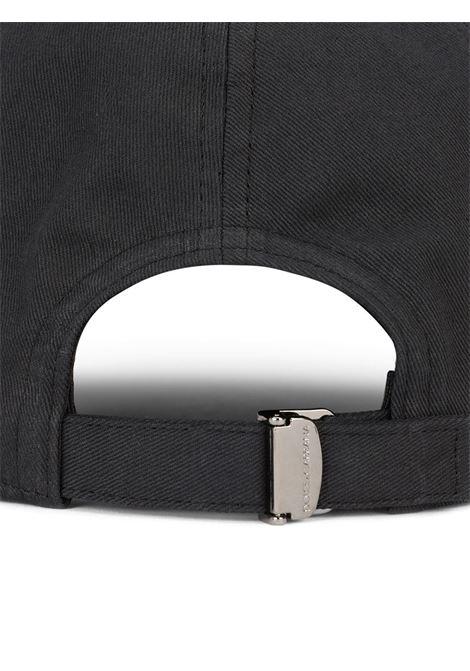 Cappello in cotone nero con placca logo Dolce & Gabbana dorata DOLCE & GABBANA | Cappelli | GH590A-GEV11N0000