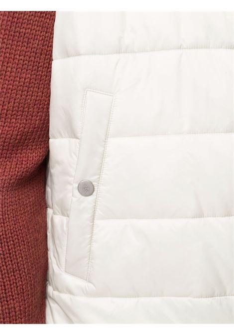 Gilet trapuntato avorio bianco con cappuccio classico ELEVENTY | Gilet | D70GILC02-NYL0D00202