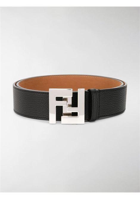 cintura in pelle nera di 4 cm con placca logo FF FENDI | Cinture | 7C0403-SFRF0GXN