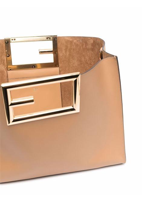 Borsa tote Way in pelle di vitello beige con logo FF dorato FENDI | Borse tote | 8BH391-AAIWF15KR