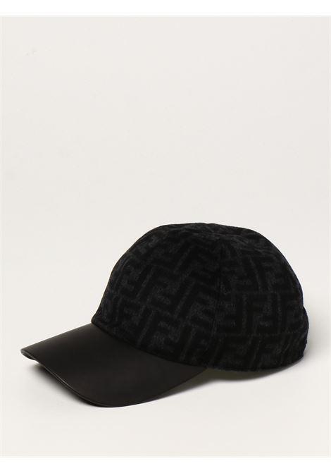 Cappellino da baseball grigio in lana, seta e pelle con motivo FF FENDI | Cappelli | FXQ768-AH7JF0UY7
