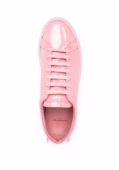 Sneaker in pelle di vitello e vernice rosa con logo Givenchy GIVENCHY | Sneakers | BE0003E13W661