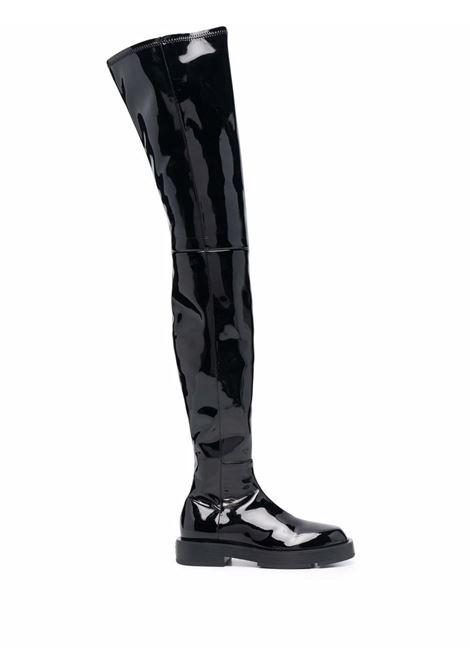 Stivali neri al ginocchio con finitura lucida GIVENCHY | Stivali | BE701SE133001