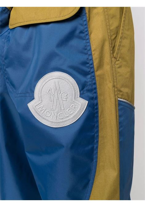 Pantaloni  in cotone color block blu e verdei Moncler Genius 1952 MONCLER 1952 | Pantaloni | 2A000-03-539JJ782