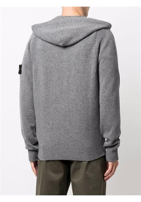 Felpa grigia in lana con cappuccio e logo Stone Island STONE ISLAND | Cardigan | 7515546A3V0060