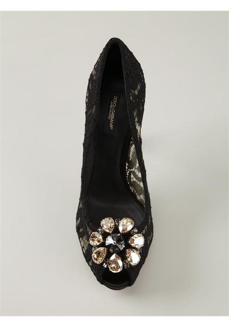 Décolleté in pizzo nero con punta aperta e decorazioni con cristalli DOLCE & GABBANA | Scarpa | C19004-AF4538B956