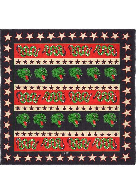 foulard 140x140 con faccia di pantera ringhiante e Kingsnake in misto seta modal nera e rossa GUCCI | Sciarpa | 547465-4G8651074