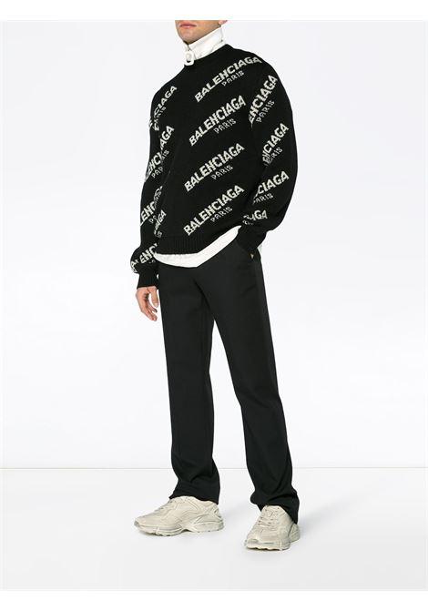 maglione girocollo nero con logo Balenciaga Paris BALENCIAGA | Maglieria Moda | 507287-T14421070