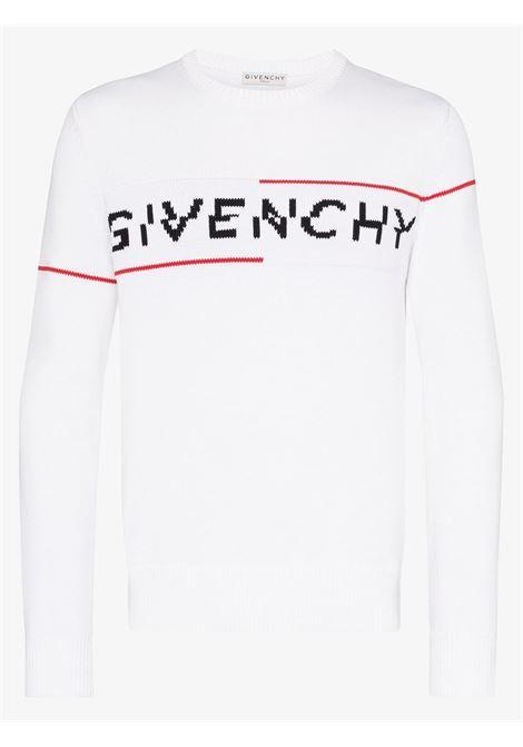 maglione in cotone intarsia bianco con logo frontale nero e rosso GIVENCHY | Maglieria Moda | BM90B4401M199
