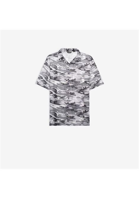 Camicia a mezze maniche in jersey sportivo camo grigio BALENCIAGA | Camicie | 647651-TJLC51240