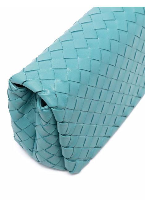 Borsa a tracolla Intrecciato Wave Shoulder in pelle di agnello azzurra  BOTTEGA VENETA |  | 609231-VCPP13608