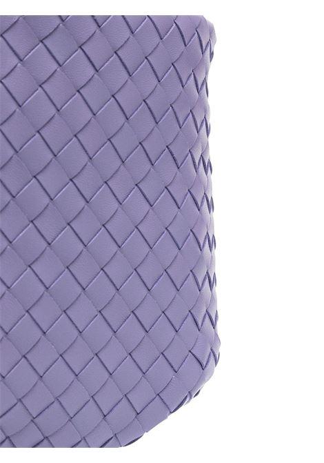 Borsa tote intrecciata in pelle di agnello viola con caratteristico design Intrecciato BOTTEGA VENETA | Borse a tracolla | 651811-V08Z15130